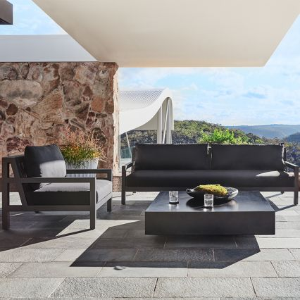 Boxster Outdoor Lounge Chair